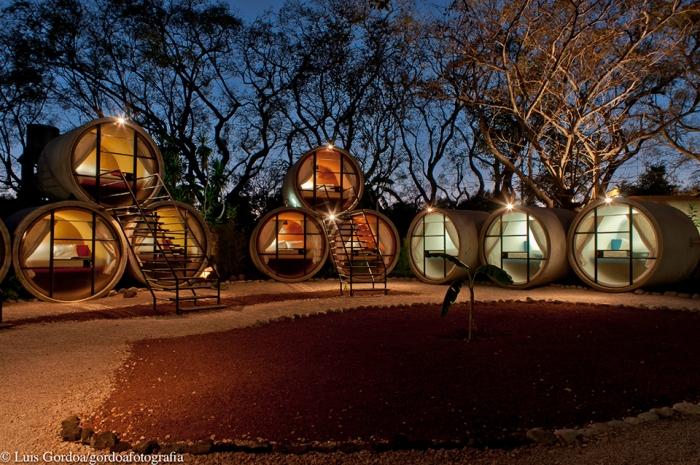 Micro-Hotels-Tubohotel-3